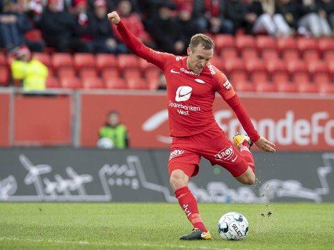 Kristoffer Løkberg starter mot gamle lagkamerater på Stadion i kveld.