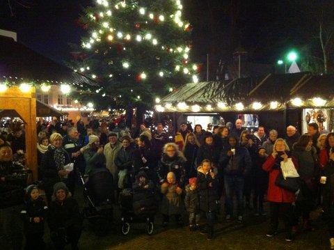 Julebyen trekker mange folk til Egersund.