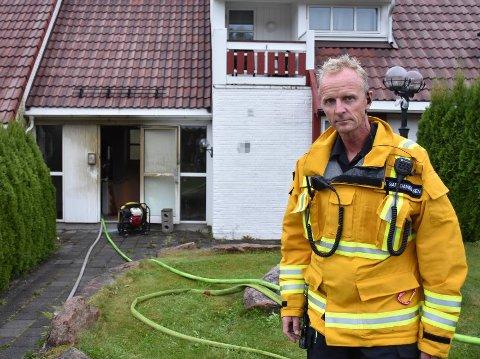 BERØMMER: Ansgar Danielsen i Asker og Bærum brannvesen berømmer de som var først på stedet.