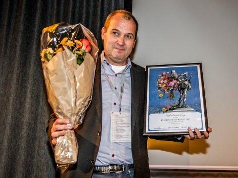Fornøyd vinner: Fredrikstad Cup, ved Sven Helge Hagen, mottok Publisitetsprisen på Fredrikstad-konferansen onsdag. (Foto: Geir A. Carlsson)