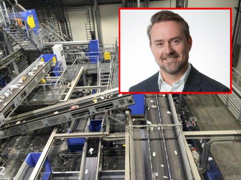 Roy Ulvang (52) har 25 års erfaring fra avfallsbransjen og har blant annet vært renovasjonssjef i Fredrikstad. Nå styrer han forprosjektet til nytt ettersorteringsanlegg for husholdningsavfall på Øra. – Vi tenker nok at vi blir ferdig med anlegget i 2024 etter en byggetid på to år, sier han.