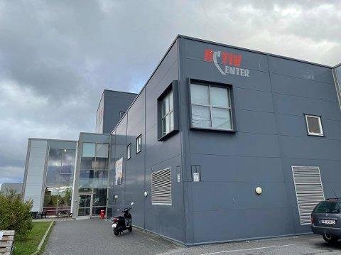 Active Center på Lisleby. Nå har politikerne enstemmig bestemt seg for at de vil ha en utredning på hva det vil koste kommunen å kjøpe det i dag private senteret.
