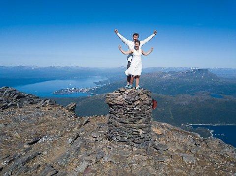 Heidi Holtet Eliassen og Mats Arnøy fikk en luftig start på livet som ektefolk.
