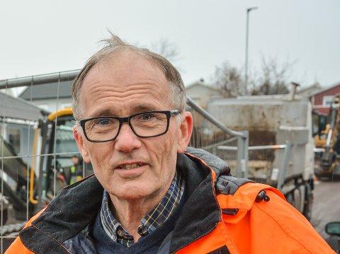 REALITET: – Det er 40 kilometer med gamle rør i Horten nå. Før eller siden må de byttes. Kostnadene fram til kommunalt påkoplingspunkt må huseier ta, sier Tore Kristiansen, overingeniør i Horten kommune.