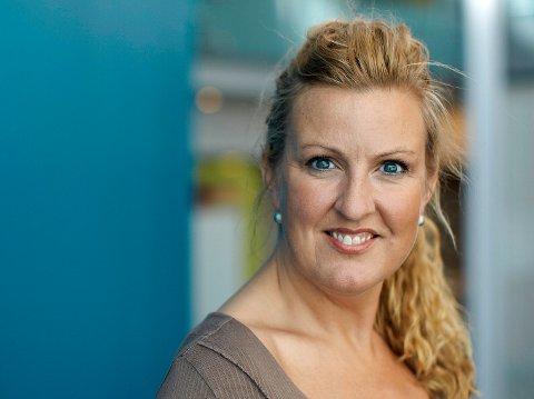 MERKER KORONA: Solfrid Flateby tenker mye på både kolleger og framtidsutsikter.