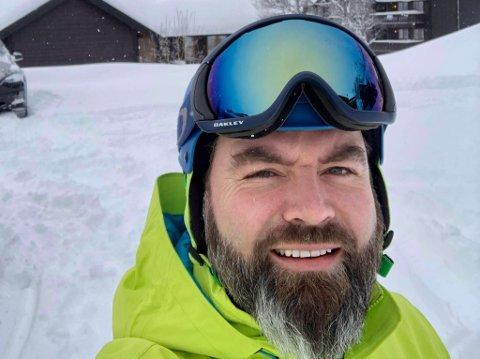 Marcus Barman sin bestefar, Arne Barman, var den første i moderne tid som satset på turistnæring i bygda på grensen mellom Gudbrandsdalen og Rauma i Møre og Romsdal. Nå gleder barnebarnet seg til å være med på ny satsing på destinasjonen.