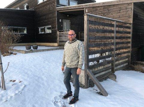Etter en kreativ idé, fikk Morten Jensen plutselig masse oppdrag med å sjekke eiendommer i Sverige som har bekymrede norske eiere.