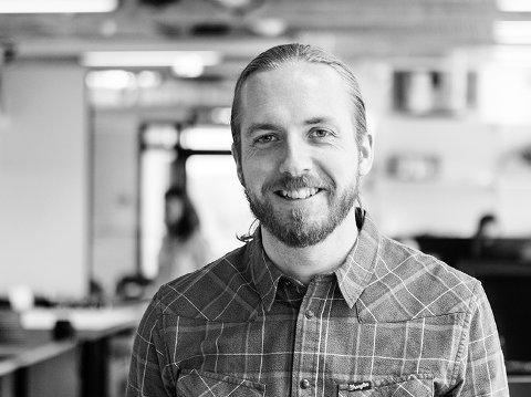 MER FOTGJENGERVENNLIG: Simon Øien er arkitekt hos Mad Arkitekter i Fredrikstad, men bor og jobber mer enn gjerne med prosjekter i Halden. Han er opptatt av sentrumsutvikling, og Torget er et byrom han ønsker å utnytte bedre.