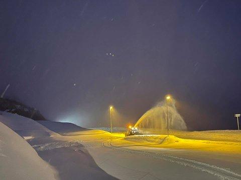 Det har snødd godt i Håradalen før helgen og i neste uke er det ventet sol.