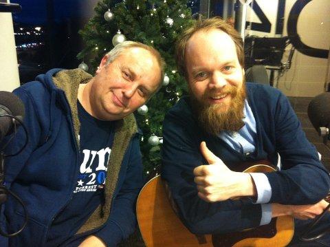LIVE PÅ 102: Hans Morten Hansen og Jon Niklas Rønning. Foto: Egil Houeland