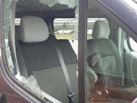 «HERPA»: Slik så firmabilen ut etter hendelsen, som følges opp av politiet.