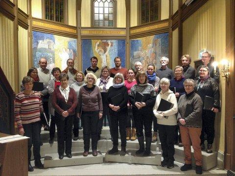 SYNGER VÅREN INN: Nore og Uvdal kirkekor inntar Skjønne kirke lørdag 28. april.