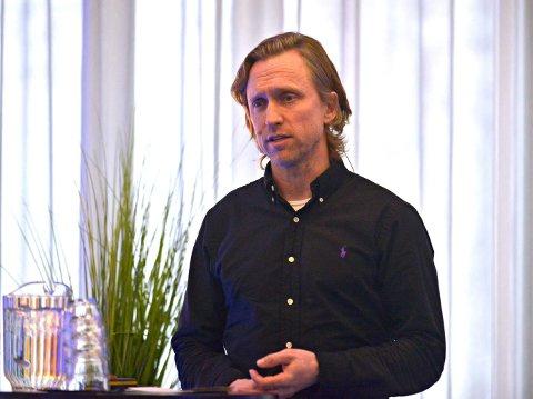 Redaktør Sverre Engelstad relanserte kongsberg.no på Kongsberg-konferansen tirsdag.
