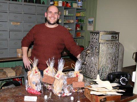 BARNDOMSDRØM: Morten Tønnessen restaurerte landhandelen etter en drøm han har hatt siden han var liten.