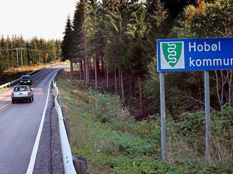 FIKSES: Fylkesvei 120 mellom kommunegrensa fra Våler mot Hobøl vil ha redusert framkommelighet fra og med 1. august.