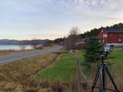 Laserkontroll: Alle holdt fartsgrensa da politiet i Ytre Namdal holdt laserkontroll ved Kjella skole.