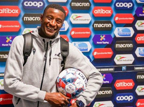 HAT TRICK: Alioune Ndour kunne ta med seg matchballen hjem etter tre scoringer mot Mjøndalen.