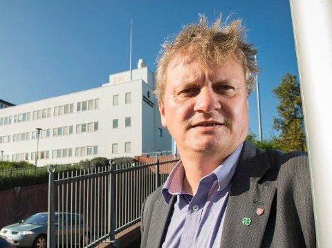 FYLKESRÅD: Ivar B. Prestbakmo har laget forslaget om hvordan fylkeskommunen skal bruke sine vegpenger neste år.