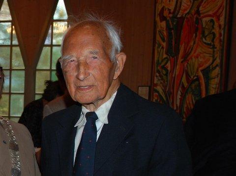 Nils T. Døvre døde lille julaften, 103 år gammel. Foto: Privat