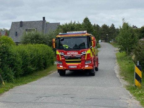 BRANN: Fredag rykker brannvesenet ut på brann i en leilighet på Fagerstrand.
