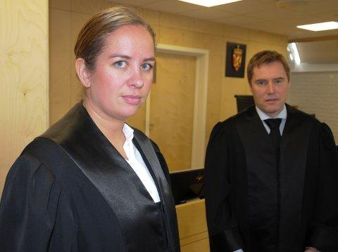 I RETTEN: Politiadvokat Maria Helene Husebye Fossen er aktor i saken, mens advokat Inge Erlend Grøndalen forsvarer den tiltalte bilisten.