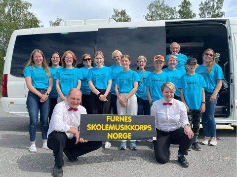 Korpstur: Furnes skolemusikkorps er her klare for avreise til Trondheim på korpstur.
