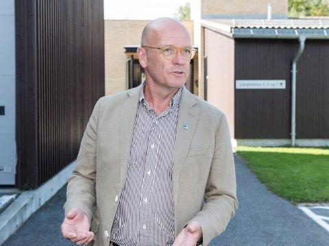 IKKE FORSVARLIG: - Å bo på hytter er verken lovlig, forsvarlig eller ønskelig, sier ordfører Syver Leivestad.
