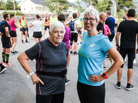 SATSER MOT MARATON: Jorunn Larsen (til venstre) og Nina Sundet har planer om å løpe halvparten hver fra Vik til Jevnaker.