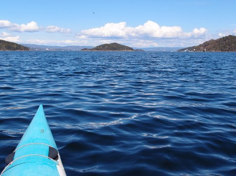 Fjorden uten bro fra Askholmene mot Digerud og Håøya