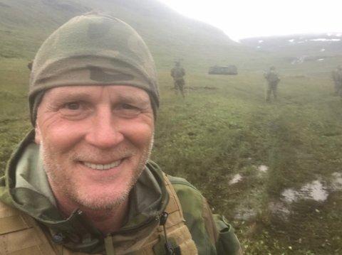 SJØMINE:  - Jeg er ganske overbevist om at det er en «ostekake» som tilhører en sjømine, sier Orlogskaptein Wiggo Korsvik til RHA.