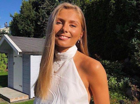 GLAD I HJEMBYEN: Sandefjord-jenta Cecilie Knudsen (20) jobbet hardt for å komme inn på sivilingeniørstudiet i Trondheim. Hun trives godt der, men utelukker ikke retur til Sandefjord i framtiden. – Jeg er veldig fornøyd med hjembyen min. Sandefjord er en fin og trygg by, hvor det er mange muligheter, sier 20-åringen.