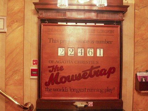 SIDEN 1952: «The Mousetrap» har blitt spilt kontinuerlig i Londons West End i 65 år, En klar rekord. November 2012 bikket denne telleren på teateret 25,000 forestillinger.