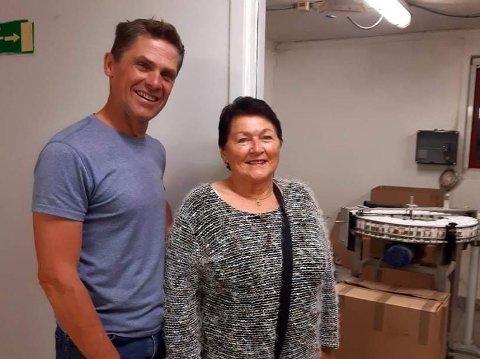 Daglig leder i Gastromat, Rune Høydahl, inviterte Harriet Volden Pedersen til fabrikken nylig.
