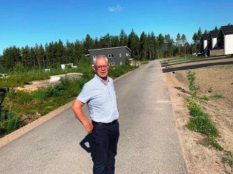 BOLIGER OG MEGLERE: Nye boliger er med å gi liv til Siljan. Å benytte kunnskapen til eiendomsmeglerne kan også bidra, tror ordfører Kjell Sølverød.