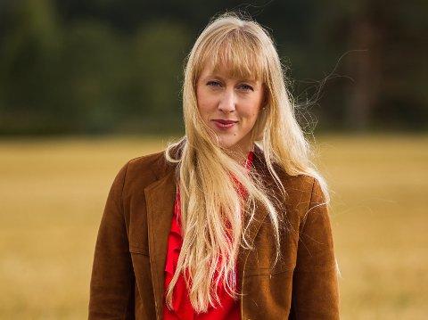 HAR HJEMLENGSEL: Da Ellen Marie Løkslid var 18-20 vurderte hun aldri en fremtid på hjemstedet. 10-12 år senere er det drømmen. Ellys nye plate vil handle om nære relasjoner og det å høre hjemme et sted.