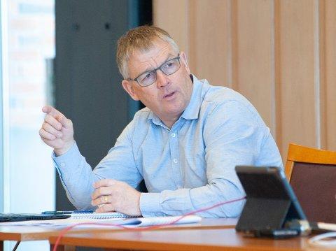 SVARER: Kommunedirektør Bjørn Fauchald i Vestre Toten kommune sier det er utfordrende at sakene om hjemmetjenesten «blandes sammen». ARKIV