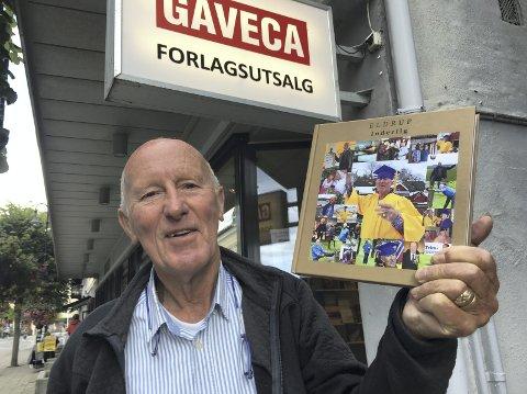 Boka er klar: Eldrup A. Hansen på Staubø har samlet dikt og småsubber i en fersk bok.