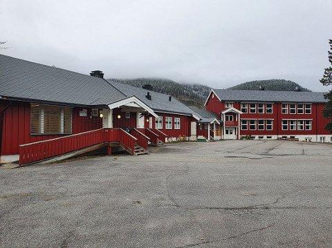 ANSETTER LÆRER: Begnadalen skole har lyst ut en 100 prosent undervisningsstilling som er ledig fra 1. september. Tre søkere har meldt seg.