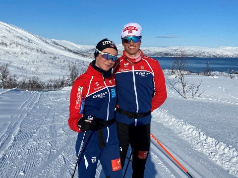 PÅ TUR I NORD: Lars Agnar Hjelmeset feirer påske i nord sammen med kjæresten Ingrid Andrea Gulbrandsen. Begge gikk for Norge under junior-VM tidligere i vinter.