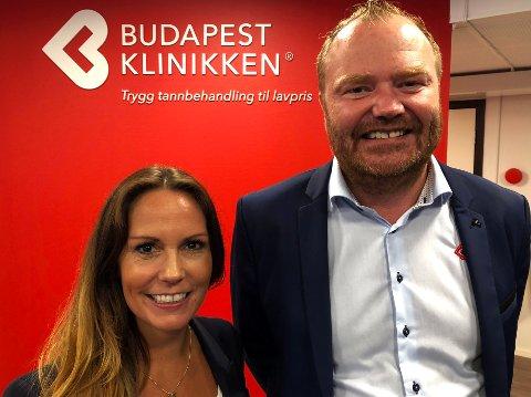 KNALLSTART: - Vi hadde 300 pasienter på venteliste da vi åpnet i Tønsberg i februar, forteller klinikkleder Kjerstin Johansen og daglig leder Morten Leivseth.
