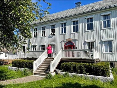 STASELIG BYGNING: Siw Renate Sjøstrand starter sammen med Sten-Arvid Fredriksen Herredshuset pub & restaurant AS i Andebu.
