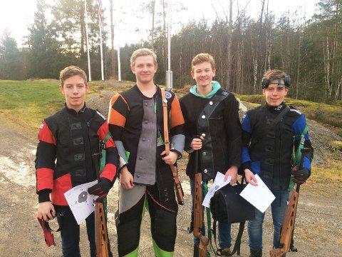 Kvartetten Vegard Saxebøl, Christoffer Finstad, Stian Nordby og Martin Saxebøl skjøt godt i klassen eldre rekrutt.