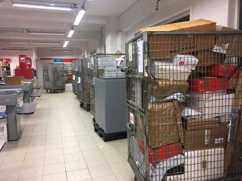 – Vi er forhåpentligvis over det verste, forteller butikksjef Johan Halvorsen til Amta FOTO: Steinar Knudsen