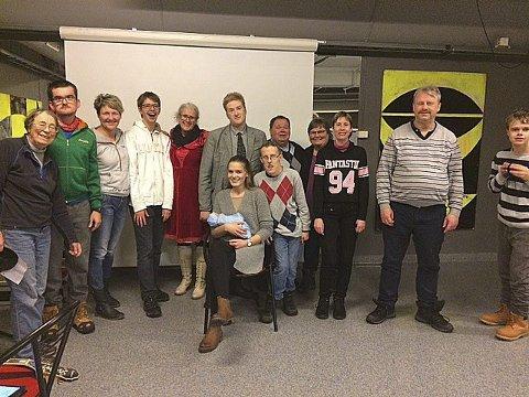 Klare til dyst: Nina Brodersen (til v.) håper mange vil oppleve et annerledes julespill i Drøbak kirke lørdag ettermiddag. Foto: Privat