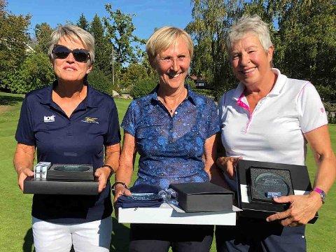Den eldste dameklassen ble vunnet av Bjørg Færø Skagen (i midten), Kirsten Ravne Bugten (tv) og Arna Skauge.
