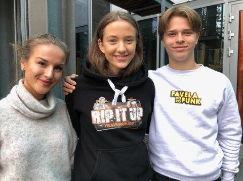 TILBAKE:  Helle Prebe Kjølhamar (f.v.), Rikke Engh Harestad og William Oscar Schäffer er tilbake ved Frogn videregående skole etter oppholdet i Kosovo. FOTO: Ole Jonny Johansen