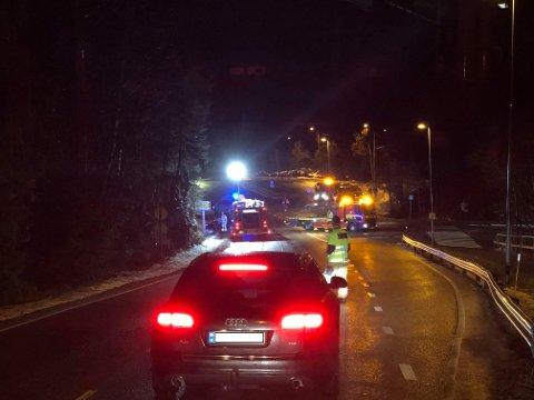 To biler var involert i et trafikkuhell på Alværn torsdag kveld Foto: Janne Rygh