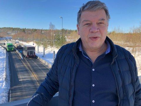- IKKE BRA: -Det må varsles umiddelbart når Oslofjordtunnelen blir stengt, sier Frogn-ordfører Haktor Slåke. FOTO: Ole Jonny Johansen