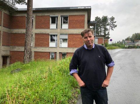 RIVES: To fløyer mot  Sorenskriver Ellefsens vei skal rives, sier prosjektleder Bjørn Nordvik. FOTO: Ole Jonny Johansen