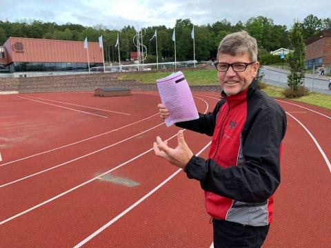 Roger Schäffer, nestleder i Frogn idrettsråd, er spent på hvilke svar ha får fra politikerne på tippekupongen de mottar.
